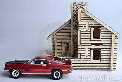 House model and car model