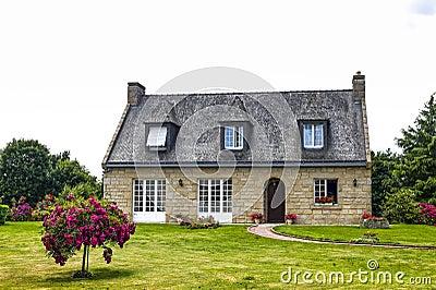 House near Lanvallay
