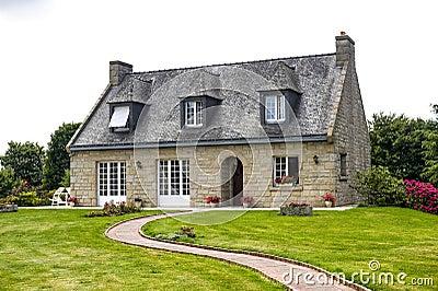 House near Lanvallay (Dinan, Brittany)