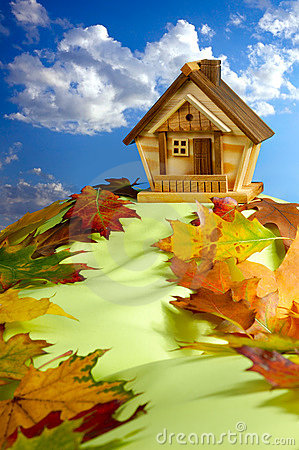 Free House On A Hill Royalty Free Stock Photography - 18551247