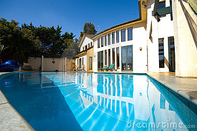 House with pool 1