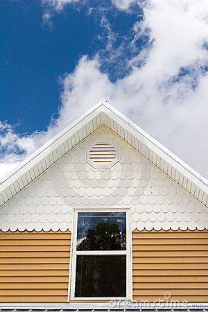 Free House Roof Royalty Free Stock Photography - 2259917