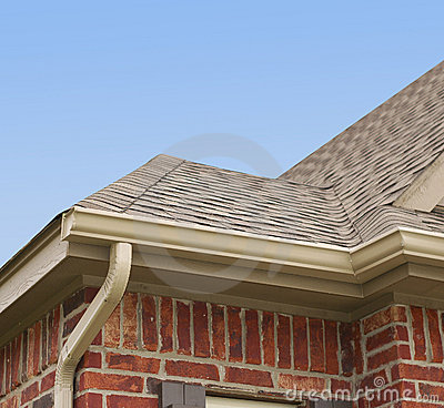 Free House Roof And Gutters Royalty Free Stock Photos - 17115928