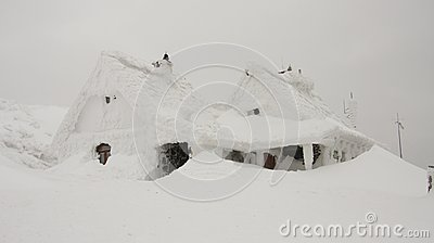 House With Snow Free Public Domain Cc0 Image