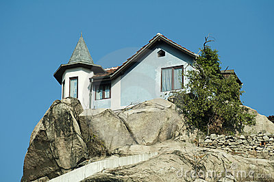 House on top of the mountain