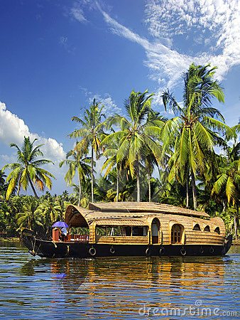 Free Houseboat In Backwaters, India Royalty Free Stock Images - 14098469