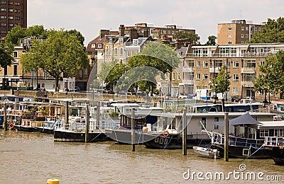 Houseboats, Chelsea Reach