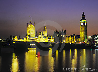 Houses of Parliament by floodlight