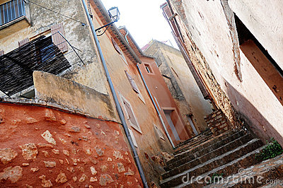 Houses in Roussillon