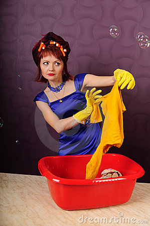 Housewife wash clothes