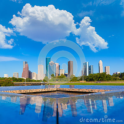 Free Houston Skyline And Memorial Reflection Texas US Royalty Free Stock Photography - 46657847