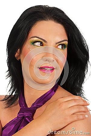Häpen kvinna som ser sideway