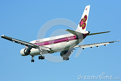 HS-TAW Airbus A300-600R of Thaiairway Editorial Stock Image
