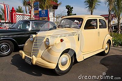Hua Hin Vintage Cars Parade Festival 2011 Editorial Stock Photo