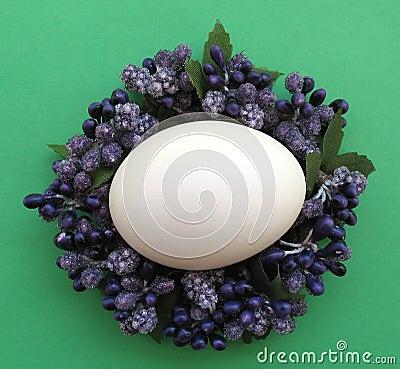 Huevo Couronne