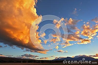 The huge cloud of orange