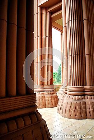 Huge columns