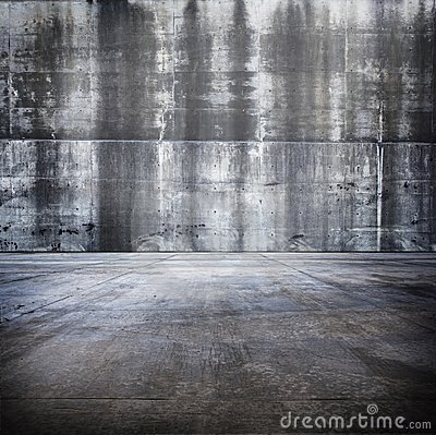 Free Huge Grungy Concrete Room Royalty Free Stock Photography - 13090617