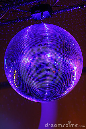 Huge mirrorball/disco ball