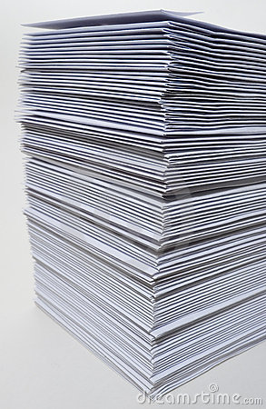 Free Huge Stack Of Envelopes Royalty Free Stock Images - 1587179