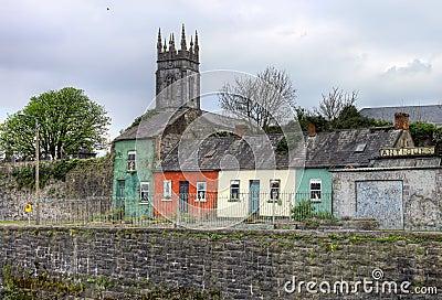 Huizen in de stad van de Limerick - Ierland.
