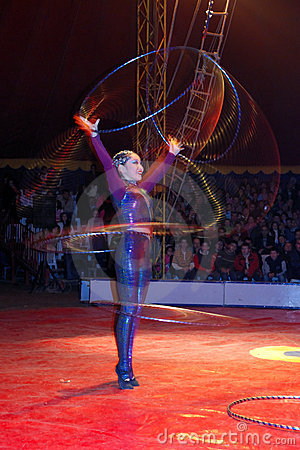 Hula-hoop dancer Editorial Stock Image