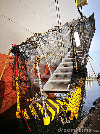 Free Hull Of A Freight Vessel With Ladder Royalty Free Stock Photography - 98330137