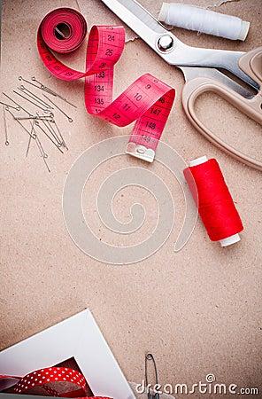 Hulpmiddelen om te naaien en met de hand gemaakt