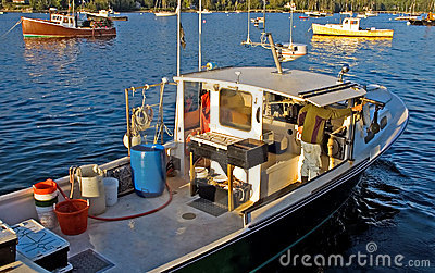 Hummerboot bei der Arbeit