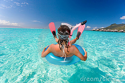 Humor snorkel woman resort