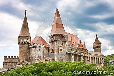 Huniazi Castle