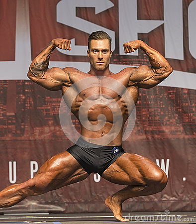 Free Hunky Canadian Bodybuilder Wins Toronto Title Royalty Free Stock Photography - 94143467