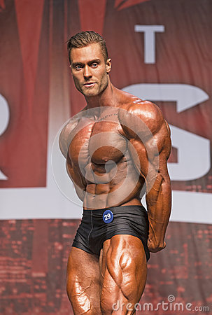Free Hunky Canadian Bodybuilder Wins Toronto Title Stock Images - 94143484
