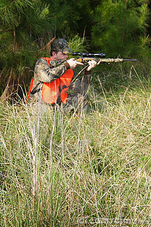 Free Hunter - Hunting - Sportsman Royalty Free Stock Photo - 680485