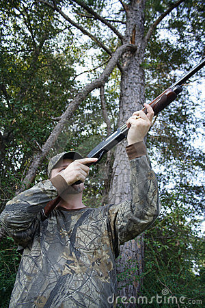 Free Hunter - Hunting - Sportsman Stock Photos - 680533