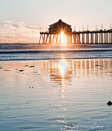 Free Huntington Beach Pier Sunburst Royalty Free Stock Photo - 16915935
