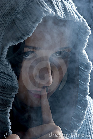 Hush!Hidden woman in smoke