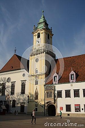 Huvudsaklig fyrkant i Bratislava (Slovakien) Redaktionell Foto