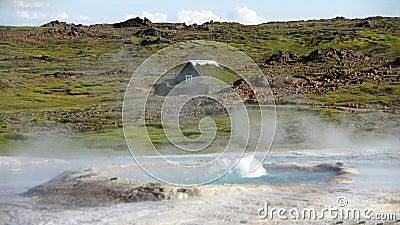 Hveravellir hot spring and house