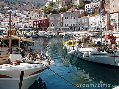 Griechenland griechische insel der hydraansicht des alten hafens