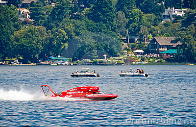 Hydroplane racing on lake Editorial Photo