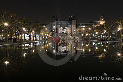 I amsterdam  in front of Rijksmuseum