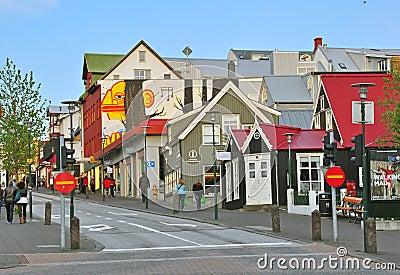 I stadens centrum Reykjavik Redaktionell Fotografering för Bildbyråer