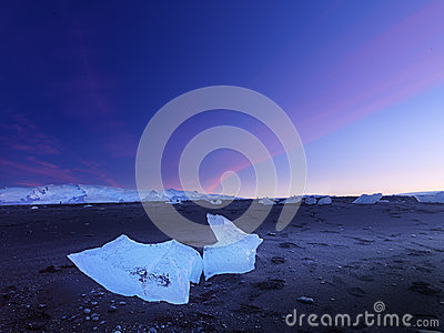 Ice blocks in iceland in the evening landscape