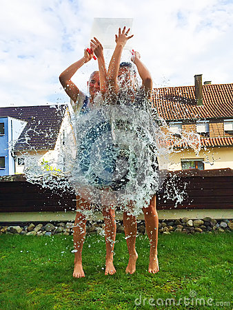 Free Ice Bucket Challenge Royalty Free Stock Images - 44914509