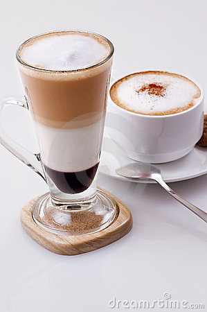 Ice cappucino and hot mocca latte