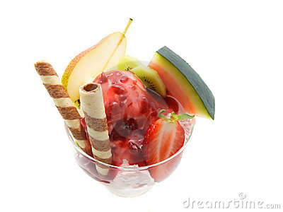 Ice cream with syrup and fruit
