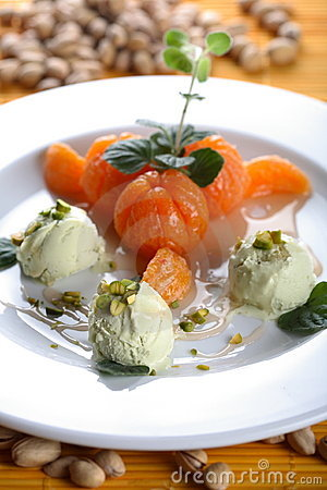 Free Ice Cream With Oven Tangerines Stock Photos - 2423133
