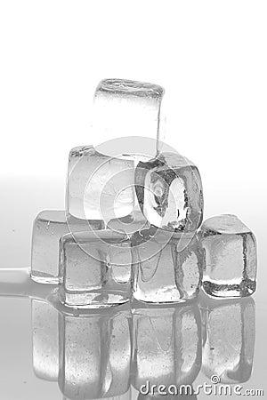 Free Ice Cubes Stock Photo - 3132530