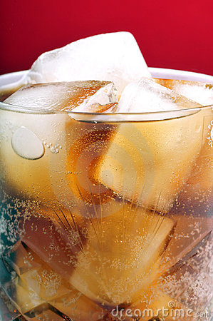 Free Ice Cubes In Drink Royalty Free Stock Photography - 11407177